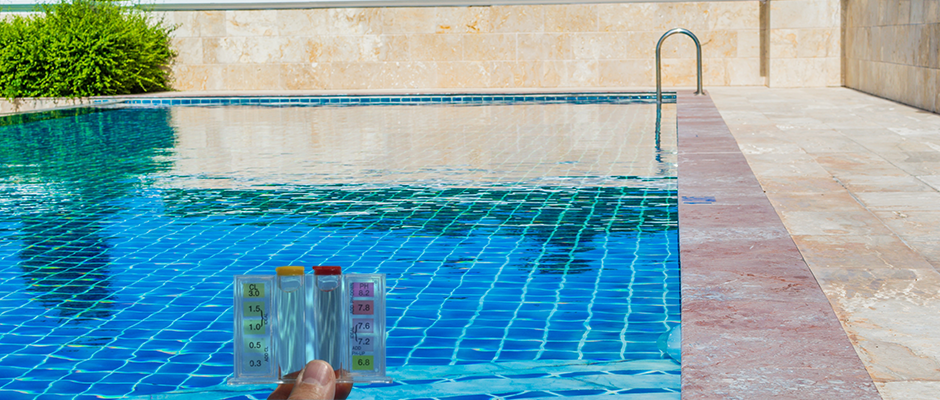 Testing and Balancing Your Swimming Pool Water